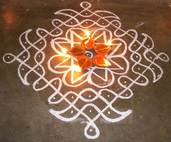 Best Kolangal Rangoli Designs 10