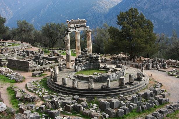 delphi_greece-tourist-places