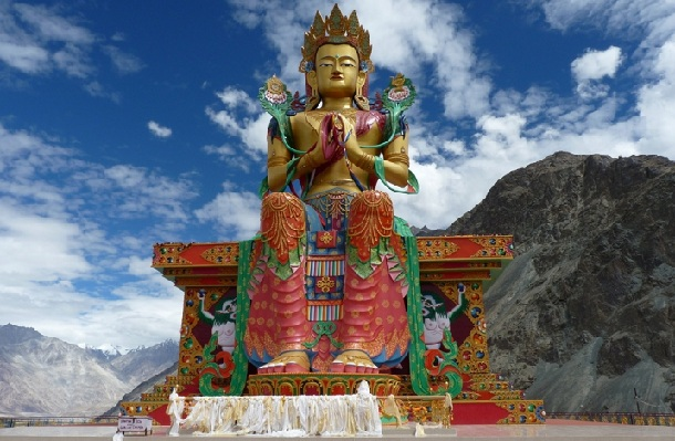 diskit-village_ladakh-tourist-places