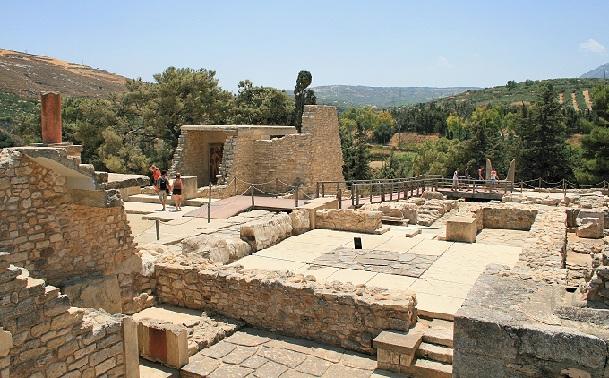 knossos_greece-tourist-places