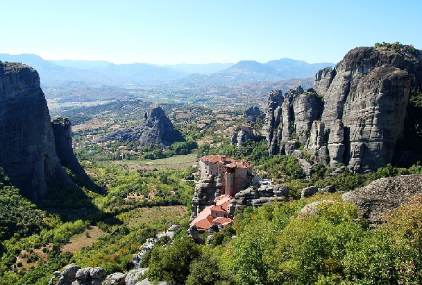 meteora_greece-tourist-places