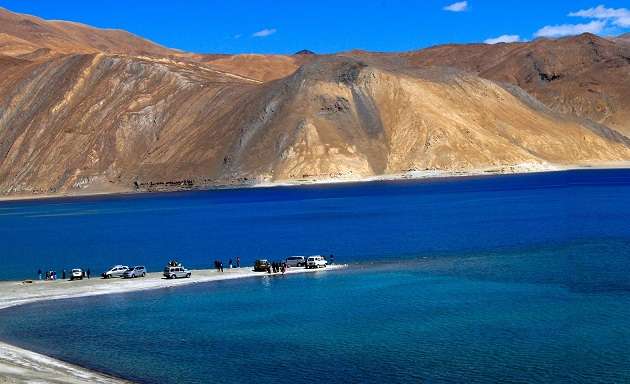 pangong-lake_ladakh-tourist-places