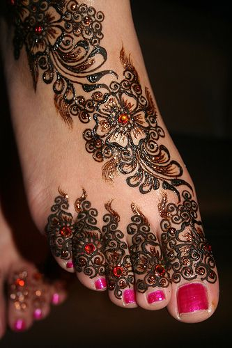 punjabi mehndi designs for feet