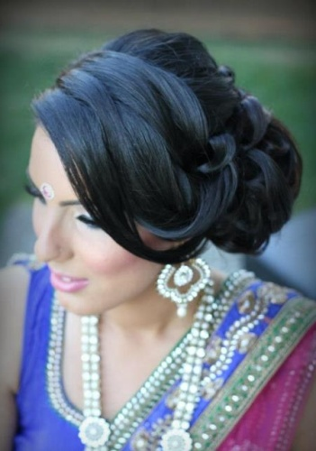 Indian engagement hairstyles5