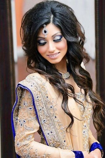 Indian engagement hairstyles7