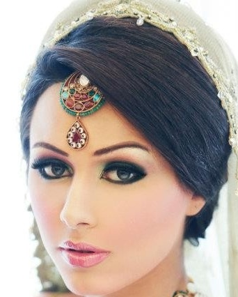 Indian engagement hairstyles9