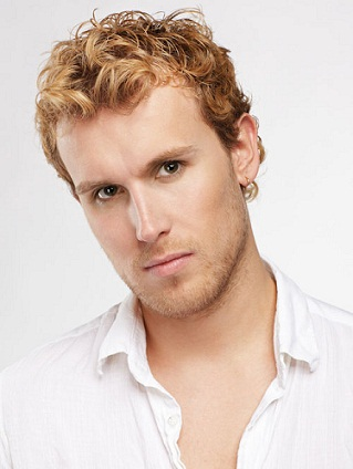 Curly Hairstyles for Men23