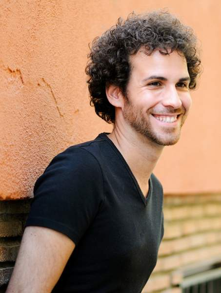 30 Best Curly Hairstyles For Men With