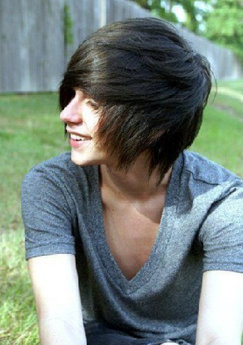 Emo Hairstyles for Guys 10