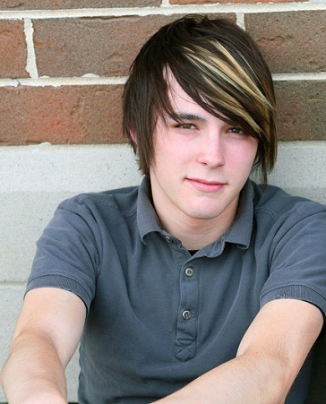 Emo Hairstyles for Guys 15