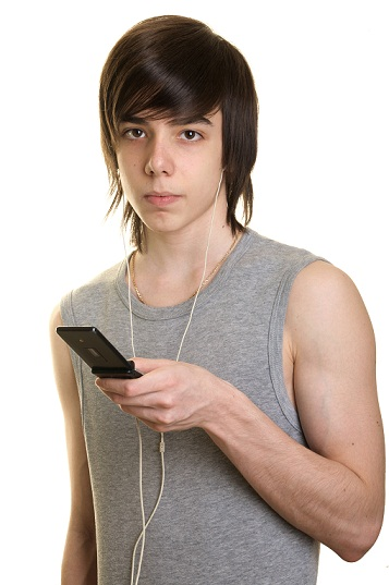 Emo hairstyles for guys - nerdy emo