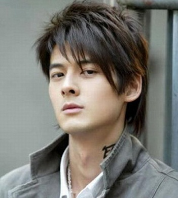 Korean Hairstyles for Men 15