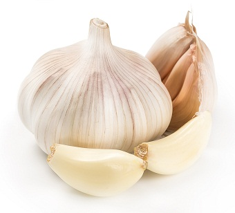 garlic-paste-for-dandruff