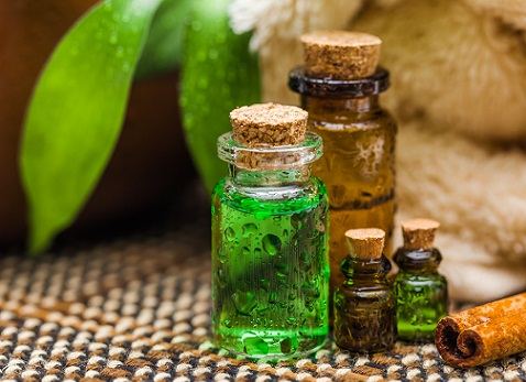 How to Remove Pimples- teaTree oil