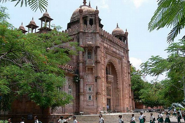 Tourist Places To Visit In Chennai