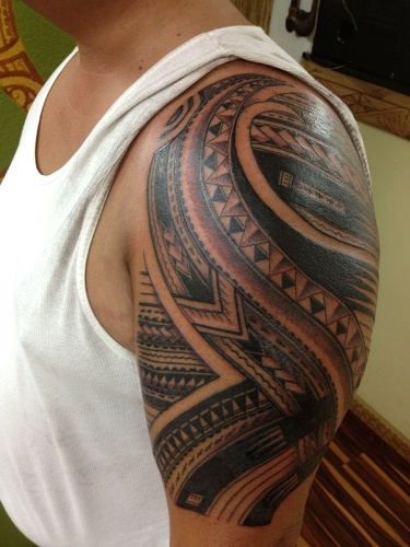 top 15 polynesian tattoo designs with meanings styles at life. Black Bedroom Furniture Sets. Home Design Ideas