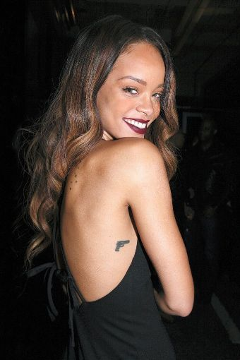 Rihanna Tattoos3