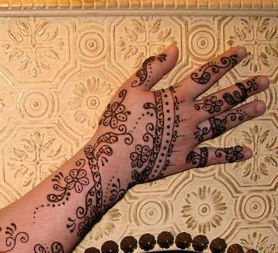 Simple Mehndi Designs 2