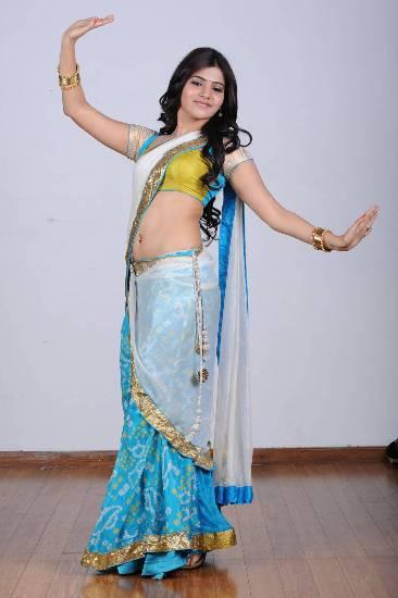 Samantha in blue saree