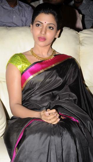 Samantha black saree