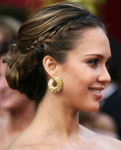 Red Carpet Hairstyles 26 half up half down hairstyle ideas The Greek Haircut Of Side Braids Have Been Truly A Most Loved On Celebrity Red Carpet Anyhow To Thin It Down To Flawlessness Jessica Alba Buns It Up A Bit