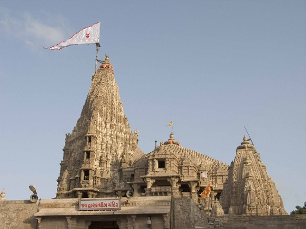 dwarakadheesh-temple_gujarat-tourist-places