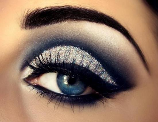 How to Do Eye Makeup for Blue Eyes | Styles At Life
