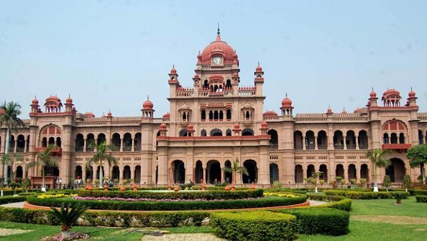 khalsa-college_tourist-places-in-amritsar