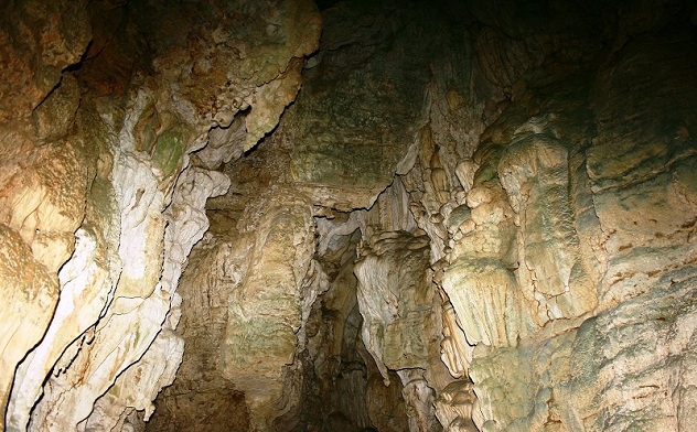 limestone-caves_andaman-tourist-places