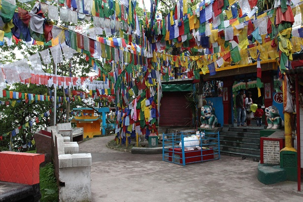 mahakal-temple_darjeeling-tourist-places