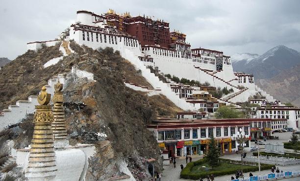 potala-palace_china-tourist-places