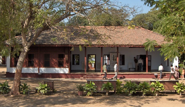 sabarmati-ashram_gujarat-tourist-places