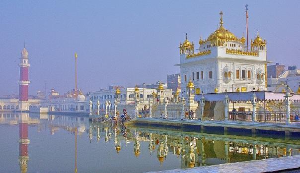 tarn-taran-sahib_tourist-places-in-amritsar