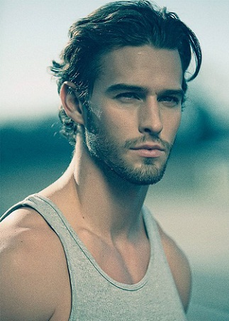 Wavy Hairstyles for Men 15