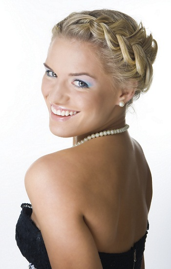 Peachy Top 9 Braid Hairstyles For Short Hair Styles At Life Short Hairstyles Gunalazisus