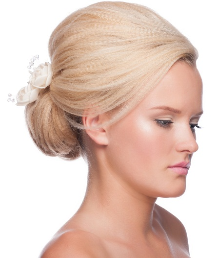 Bun hairstyles for girls 3