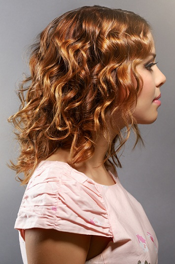 Curly bang hairtyles for girls 9