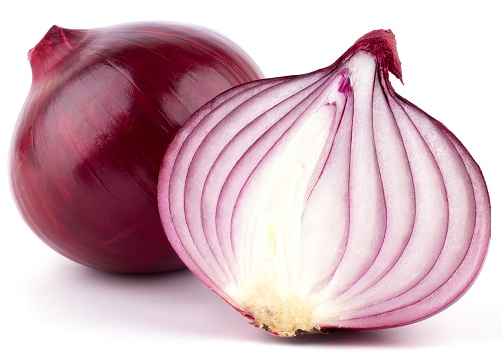 Home Remedies To Treat Thin Hair - Onion Juice