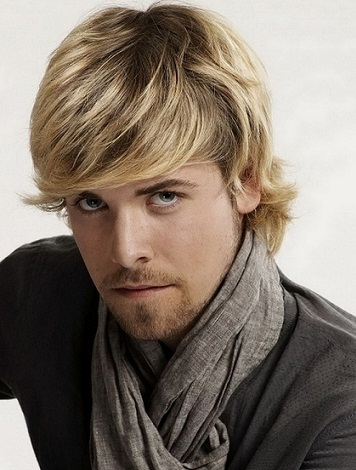 Long Hairstyles For Men22