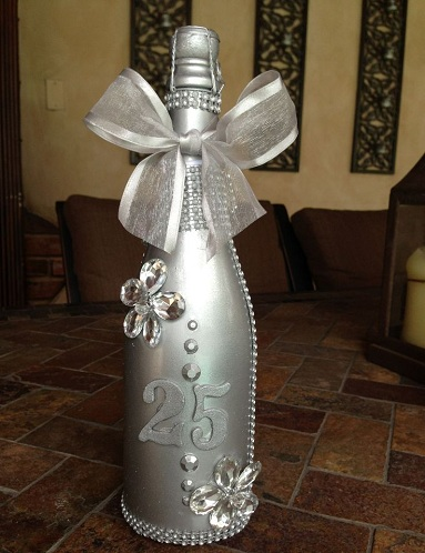 40 Unique Gifts For Parents On 25th Wedding Anniversary Styles At Life