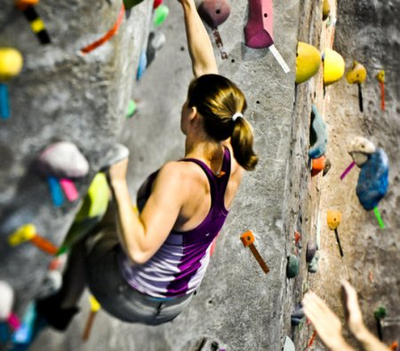 Rock climbing and rowing - fat burning workouts for women