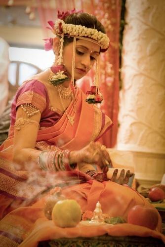 maharashtrian bridal hairstyle3