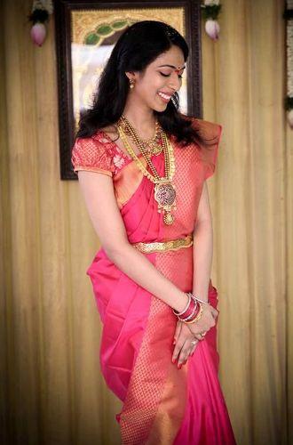 maharashtrian bridal hairstyle5