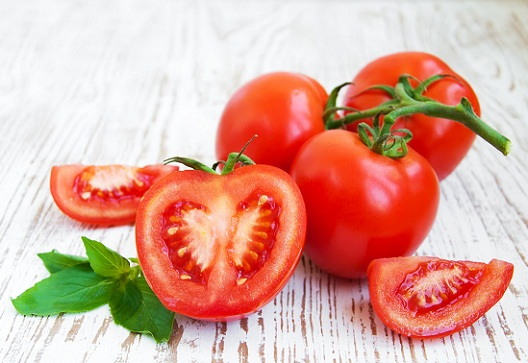 Tomatoes Foods That Cause Pimples