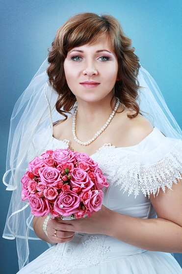 Bridal hairstyles for round face Main