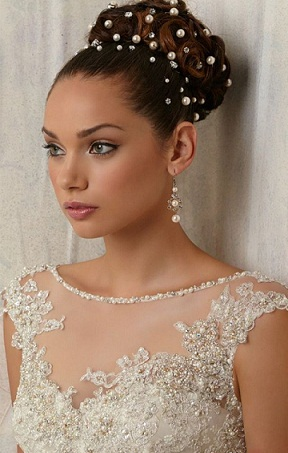 Bridesmaid Hairstyles 16