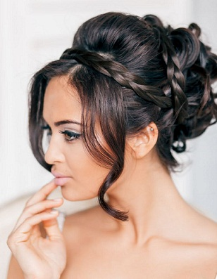Bridesmaid Hairstyles 17