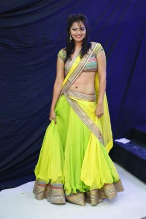 tamil actress in saree7