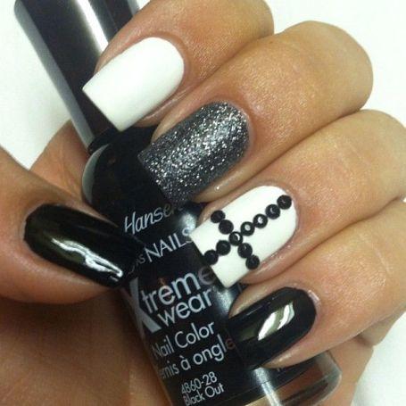 black and white nail art