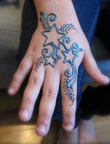 Mehndi design for kids3
